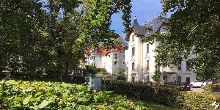 Zu allen Jahreszeiten prachtvolle Fabrikaten Villen in der Gabelsberger Straße