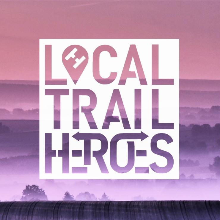 Schriftzug mit hometowntrails logo im Pin